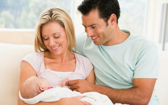 Ежемесячная выплата семьям в связи с рождением первого ребёнка