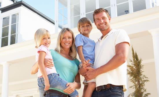 Можно ли получить ипотечный заем семье, где есть несовершеннолетние дети?