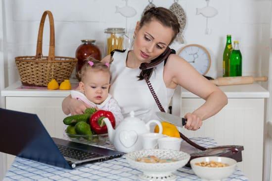 Издержки «профессии» домохозяйка