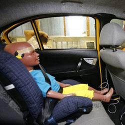 Детские автокресла. Почему в ДТП страдают дети?