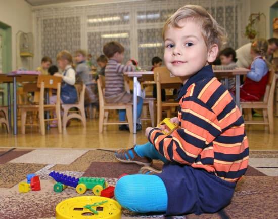 Ребенок-изгой: кто виноват в том, что ребенок не находит себя в коллективе?