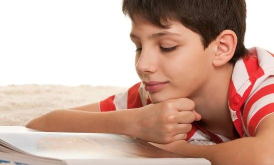 Что почитать мальчику 10-12 лет? Книги для мальчиков 10-12 лет