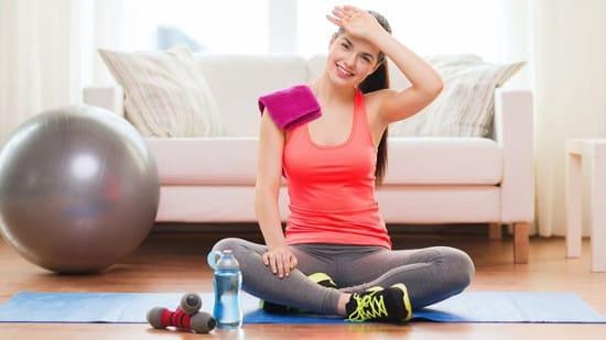 Занятия в спортзале или дома — что предпочесть?
